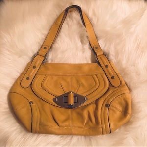 B Makowsky genuine leather purse